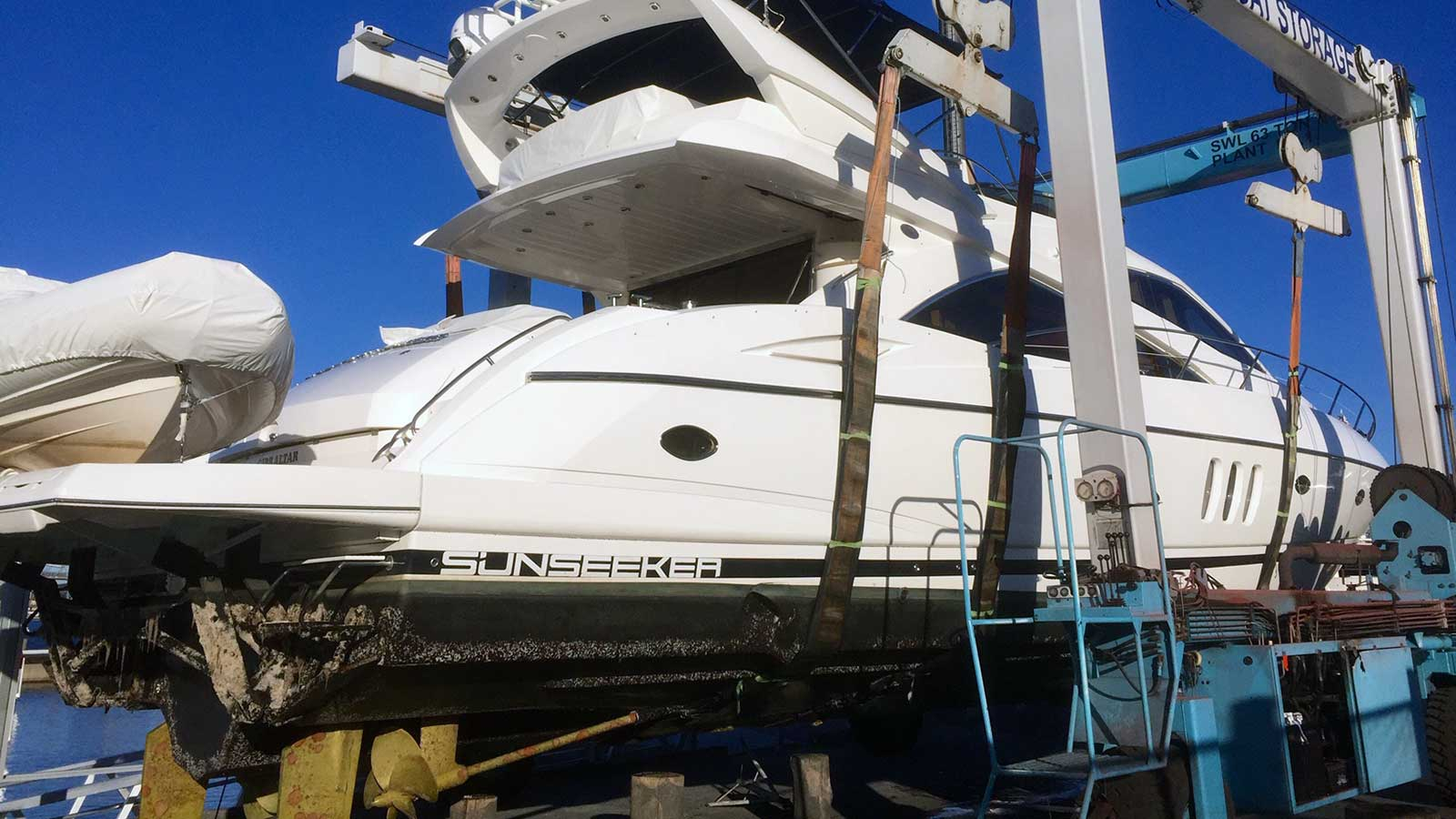 We organise and supervise the annual service for luxury motor boats in Sydney, Australia